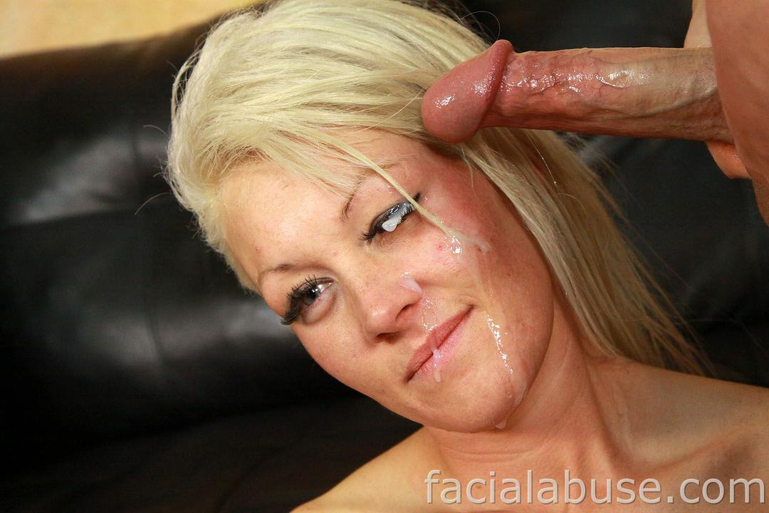 Close up blowjob facial