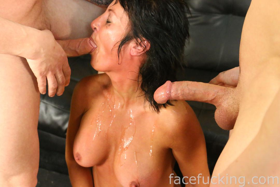 Homemade milf blowjob